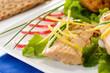 Piatto freddo con tonno e verdura, close-up