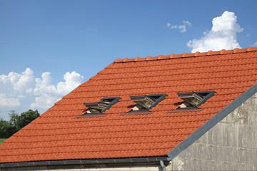 velux sur toiture en tuiles