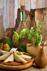 Pere e formaggio vintage