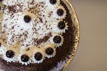 Torta Foresta nera cioccolato amarene e panna montata