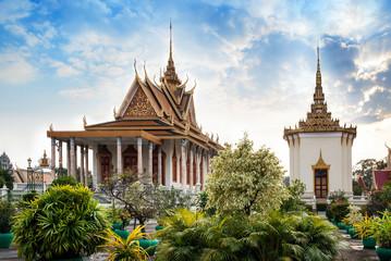 Silver Pagoda, Royal Palace, Phnom Penh, No.1 Attractions in Cam
