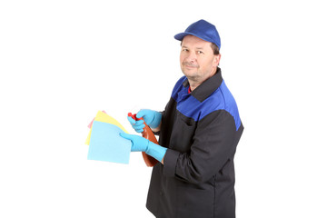 Man holds spray bottle and sponge