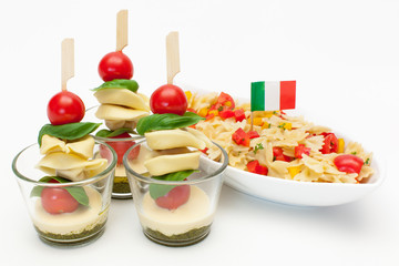 Tortellini im Glas und Nudelsalat