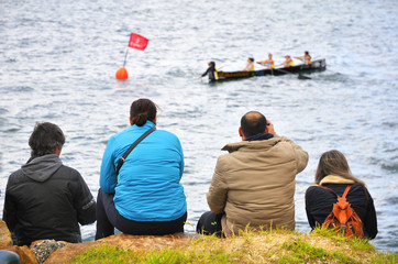 test viewers canoeing competition
