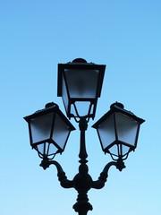 Lampione stradale in stile antico