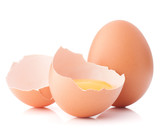 Breaking egg isolated on white background cutout Kanvas Tablo