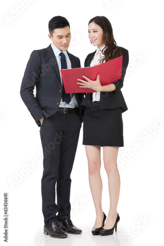Business man and woman discuss