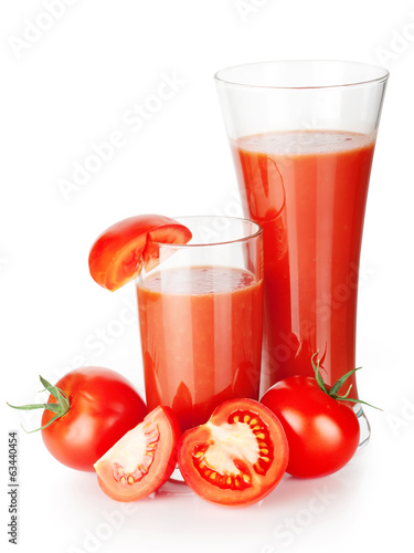 Two glasses of tomato juice with tomatoes