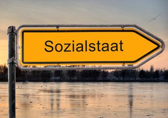 Strassenschild 9 - Sozialstaat