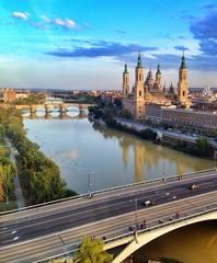 vista del rio Ebro a su paso por Zaragoza