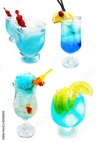 alcohol blue lagoon cocktail drinks with cherry