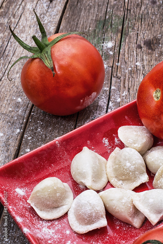 fresh tomatoes and cook ravioli