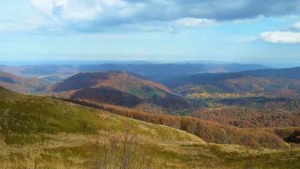 Panorama Bieszczad jesienią