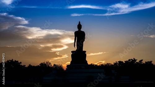 Buddha and clouds sky evening .4 k timelapse.