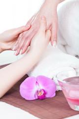 Hand beauty treatment