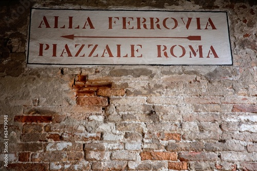 Directional street signs in Venice