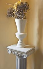 neoclassical décor