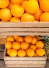 Orangen, Apfelsinen, Zitrusfrüchte, Obstkisten