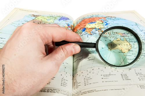 Browsing the map through a magnifying glass