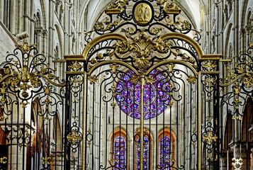 Vitraux de la cathédrale de Laon