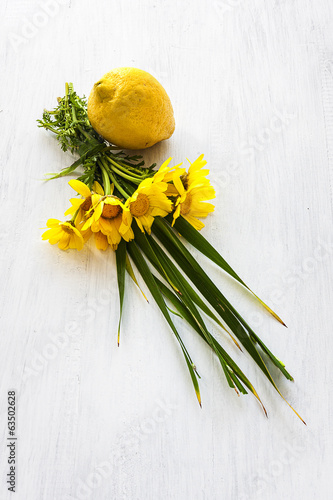 lemon with flowers