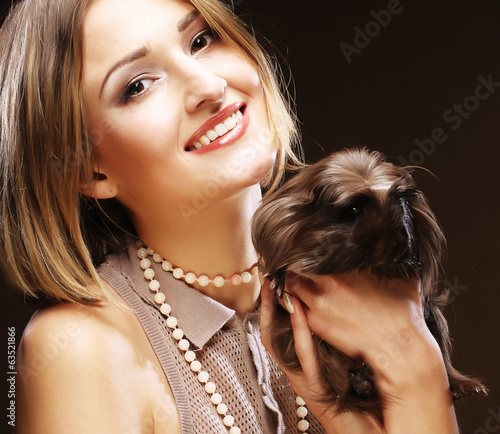 woman with Guinea pig