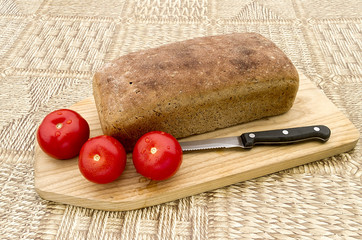 Homemade bread with tomato