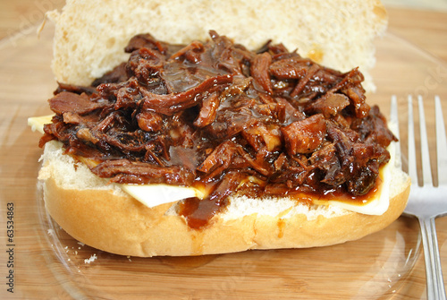 Juicy Pulled Pork Sandwich