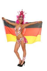 brasilianerin mit Deutschlandfahne