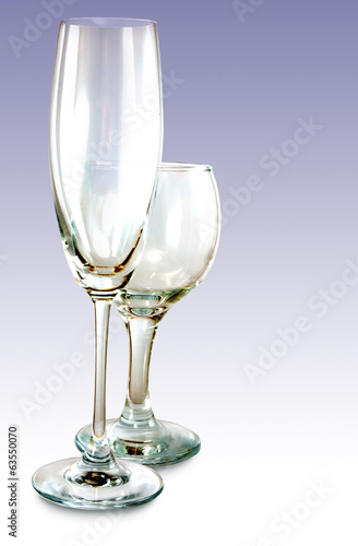 image of two wineglass closeup