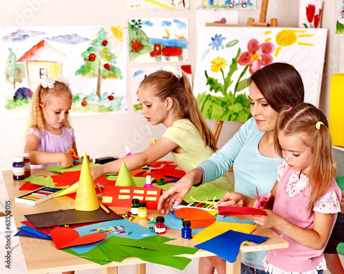 canvas print picture Child cutting out scissors paper.