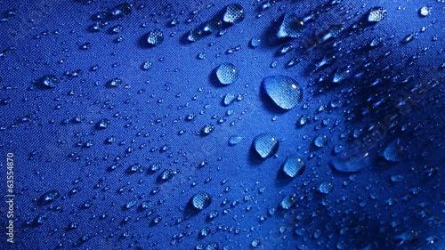Gotas Sobre Ropa © Hortigüela