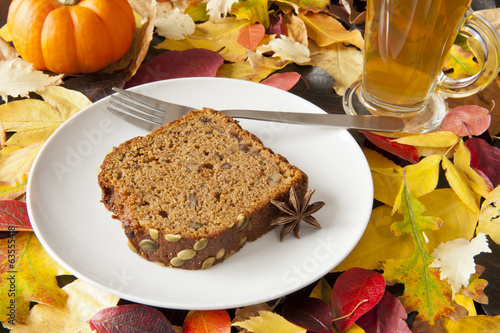 Thanksgiving Pumpkin Bread & Tea