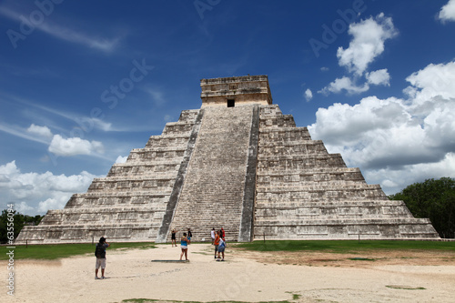 The Castillo, Pyramid Kukulkan, Chichen Itza, Mexico