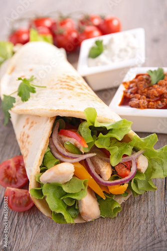 canvas print picture fajita on board
