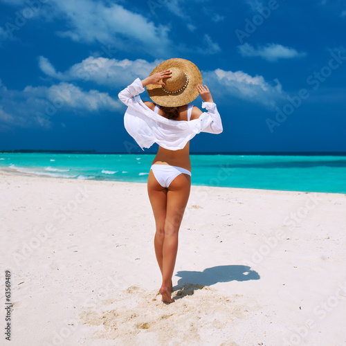 canvas print picture Woman at beach