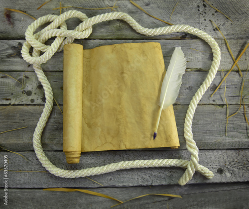Rope frame with scroll and quill pen