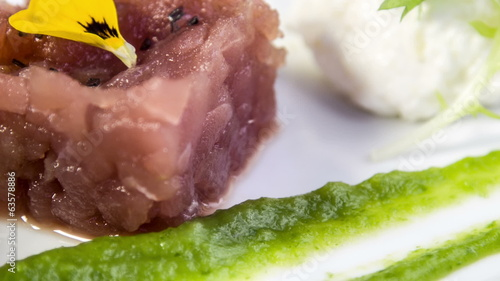 Tuna tartare with white asparagus mousse,sweet pea puree