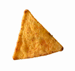 Tortilla nacho aislado en fondo blanco.