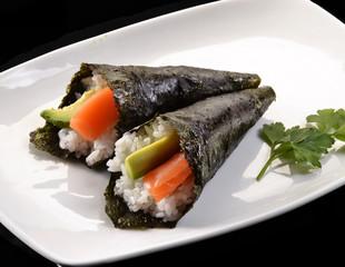 Flautas de sushi roll,comida japonesa.