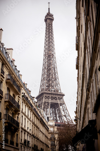 Eiffel tower, Paris © Andrew Bayda