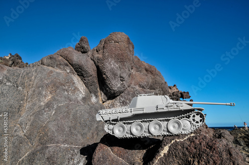 Old Ancient Vinatge Figurine Model Gray Tank