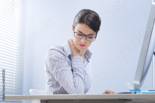 canvas print picture Tired businesswoman with neck pain