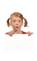 kleines Mädchen mit Plakat