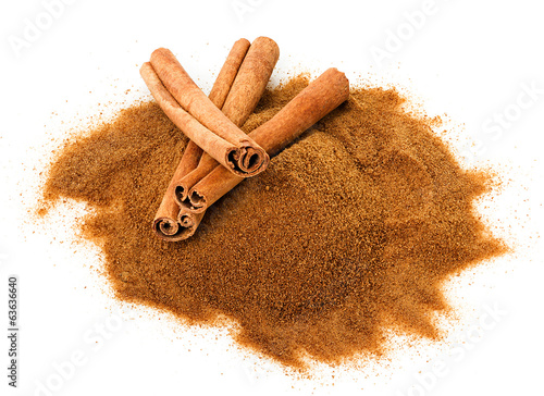 Cinnamon sticks and powdered cinnamon isolated
