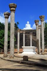 Columns and Buddha