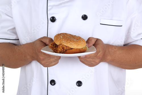 Chef present Hamburger