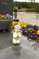 Engel auf dem Friedhof der Wallfahrtskirche Frauenberg