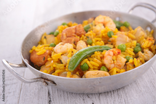 rice with seafood and vegetable