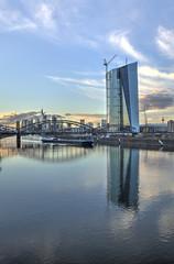Frankfurt Barge & Deutschherrnbruecke